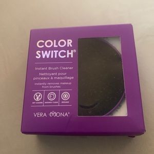 Color Switch Instant Brush Cleaner - New in box!